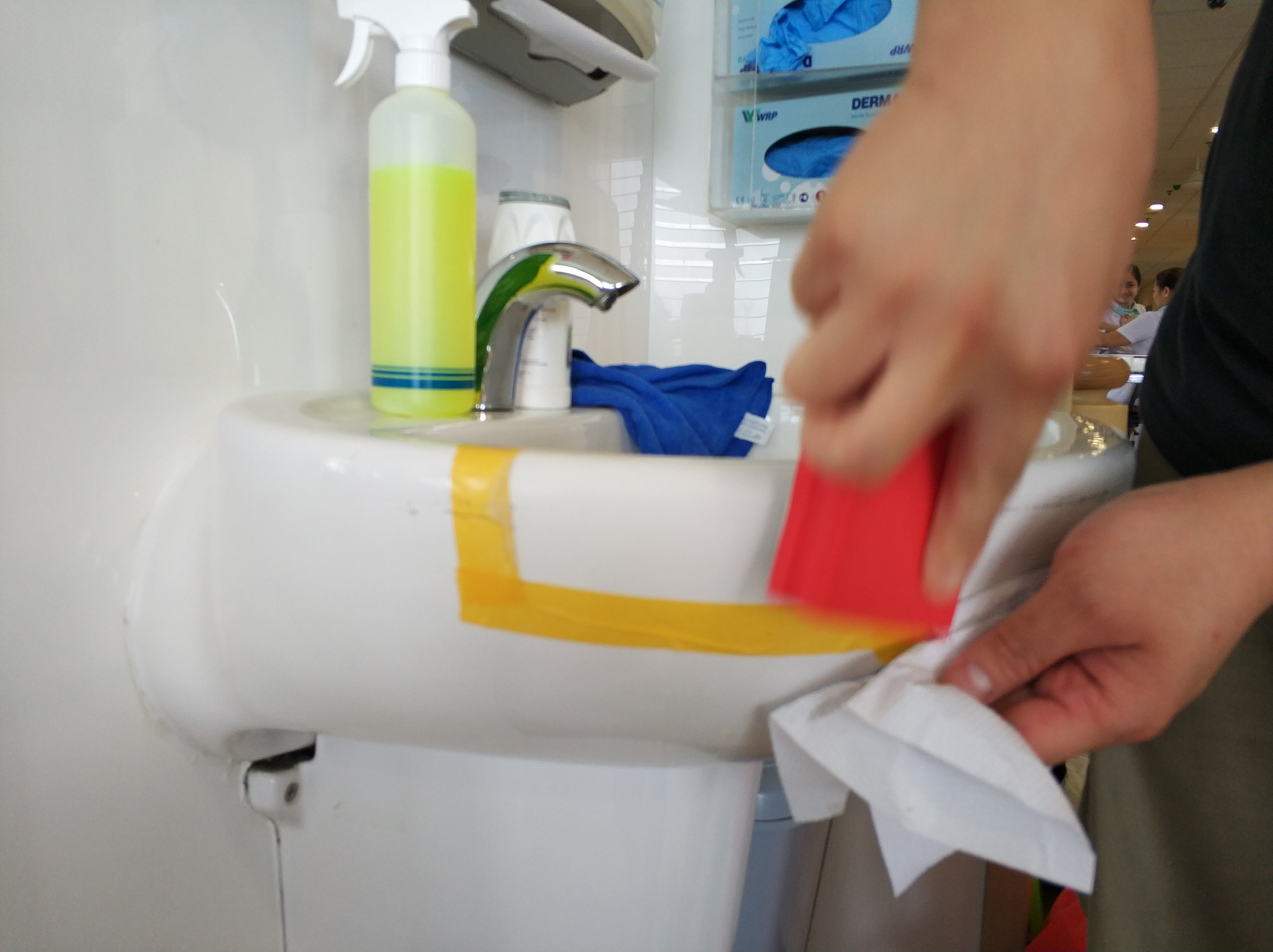 weFix SG project at Khoo Teck Puat Hospital for Basin stain removal
